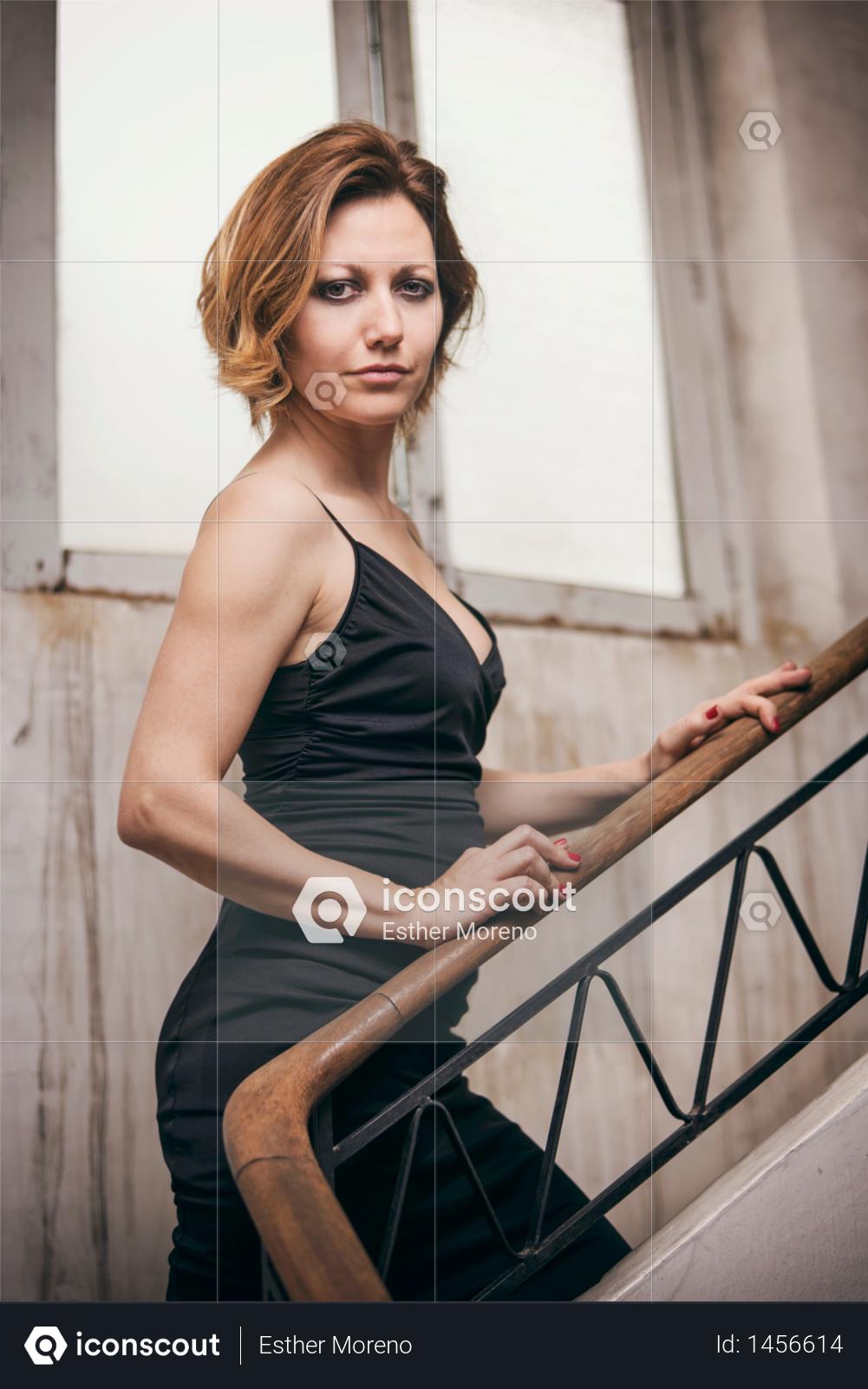 Portrait of pretty woman Photo