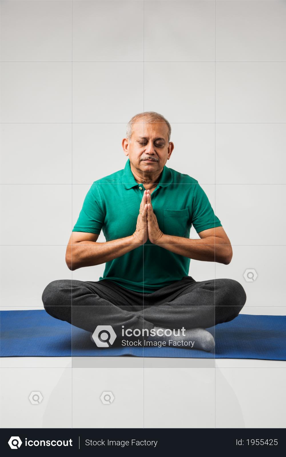 Premium Senior Indian Man Doing Yoga Or Meditation Photo Download In Png Jpg Format