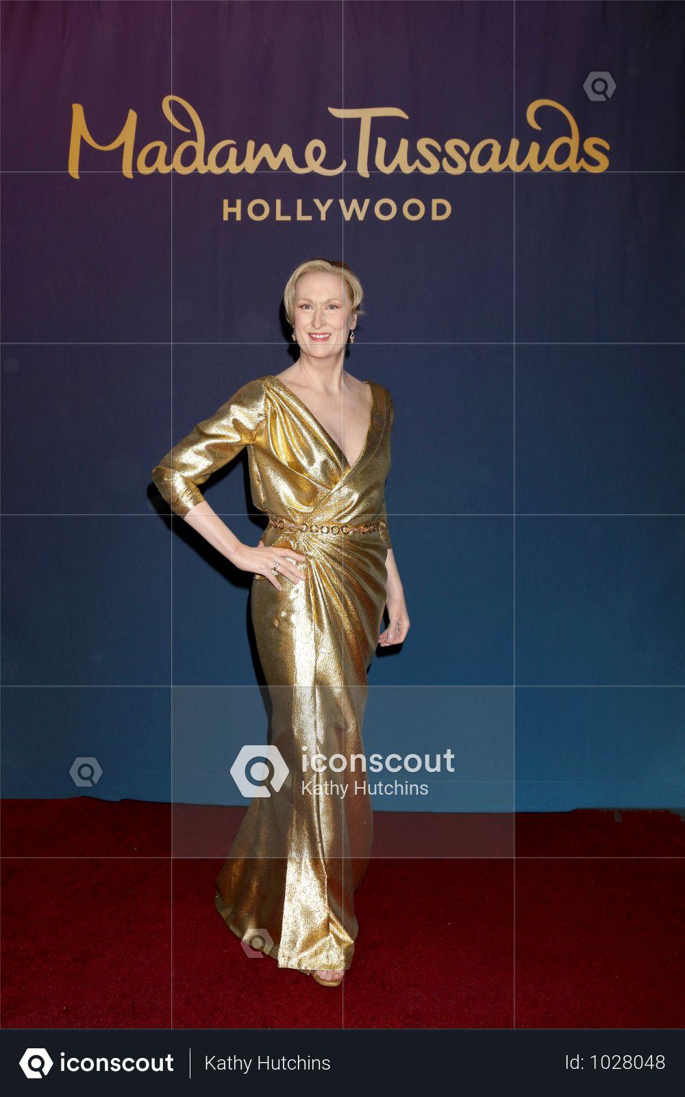 USA - Unveiling Of Madame Tussauds Revamped Meryl Streep Wax Figure - Los Angeles Photo