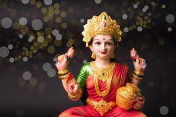 Beautiful Clay Idol Of Hindu Goddess Lakshmi Shoot