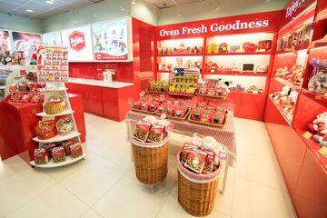 Retail Store Display In Hong Kong Mall Shoot