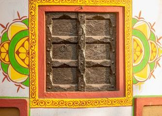 Rajasthani Style Decorative Windows And Wall Graphics Shoot